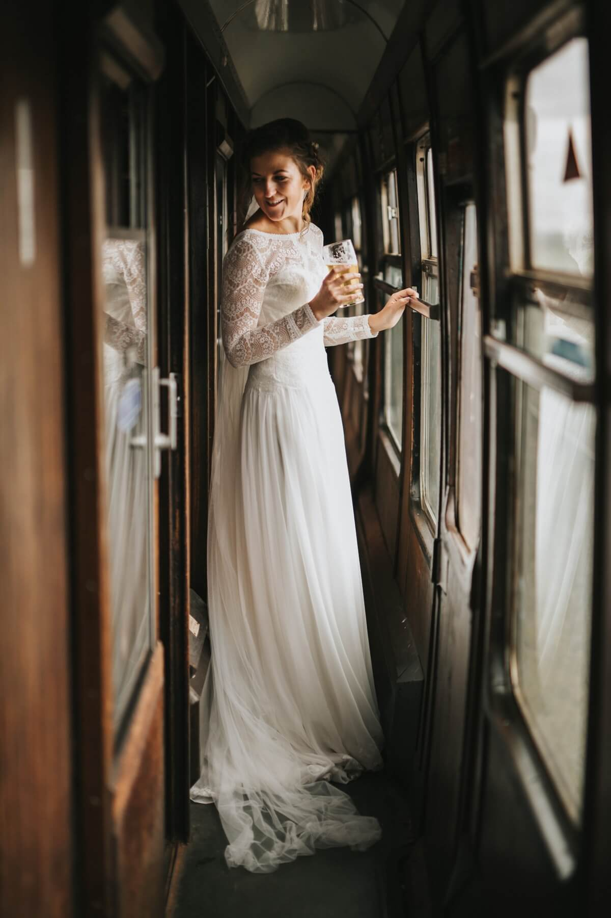 Buckinghamshire railway centre wedding photographer Aylesbury wedding photographer