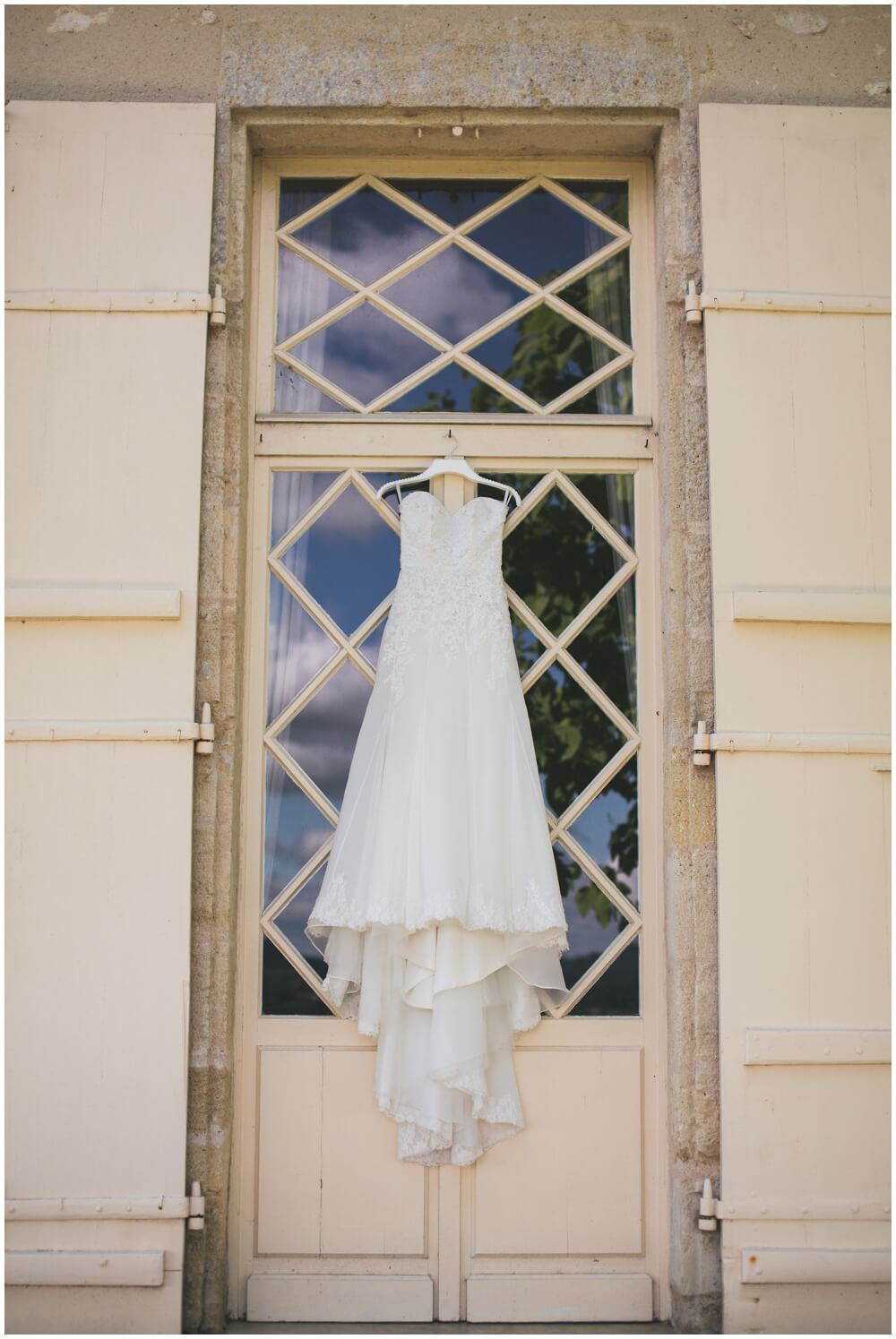 Mark and Deborah Chateau Soulac photography wedding photographer france destination lincolnshire