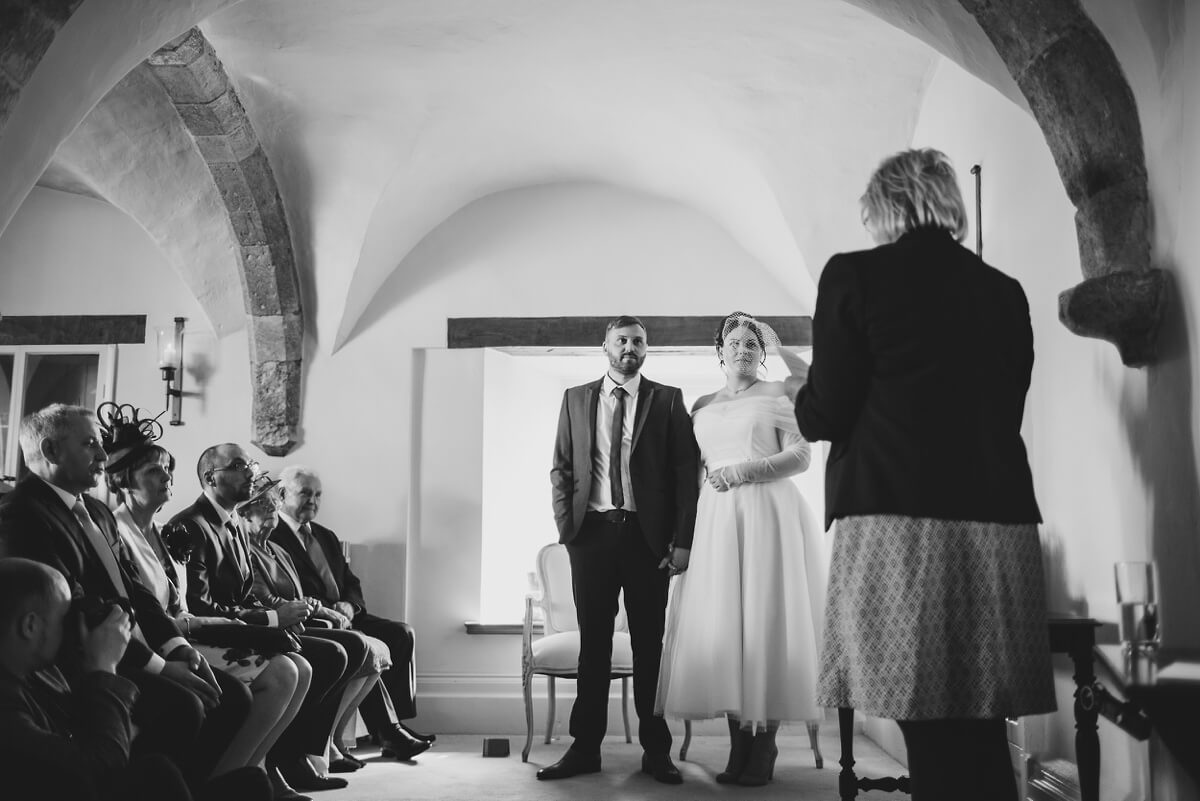 Paul and Lindsay's Newstead Priory wedding photography Lincolnshire Brigg Henry Lowther photographer North