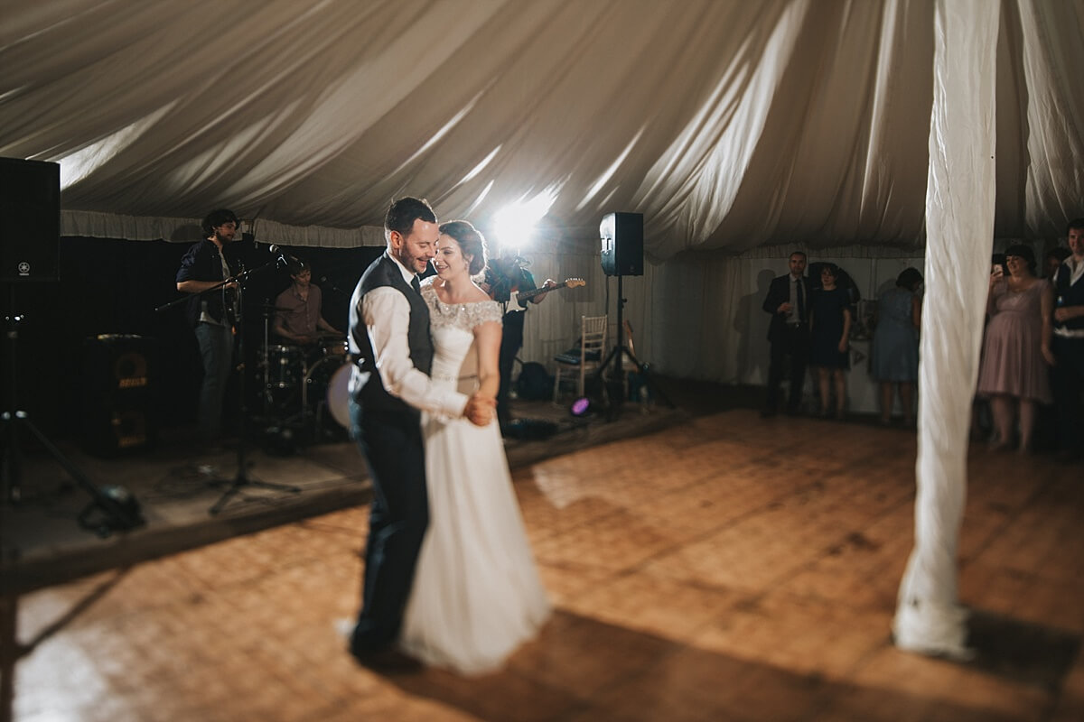 Slapton Manor farm wedding photography Northampton wedding photographer